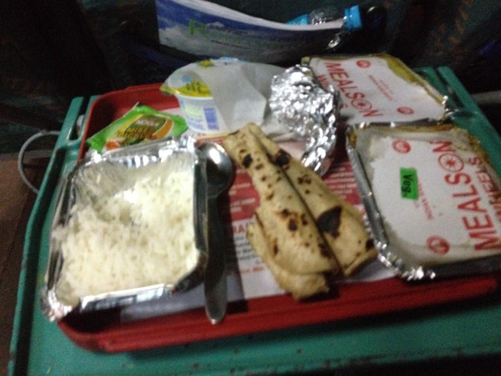 IMG_3426 comida tren